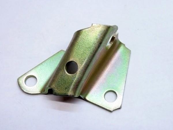 Halter für Kupplungsseilführungsrohr am Getriebe, 3/74-, A1