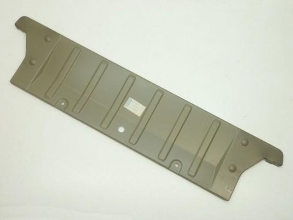 Kofferraumboden, vorne unten, A1/NOS