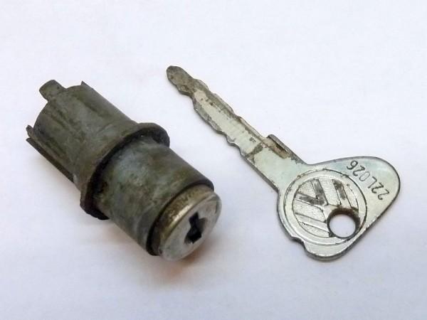 Schließzylinder für Türgriff, 8/66-7/68, mit Schlüssel, A3