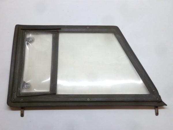 Steckfenster mit Ausstellfenster, oliv, A3