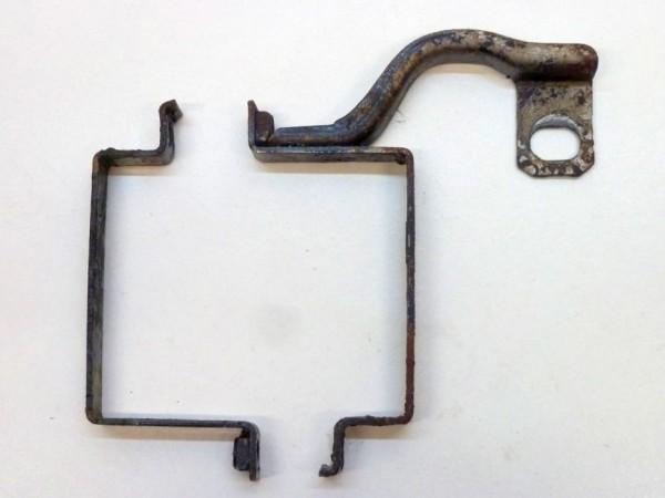 Halteschellenhälfte für Ölkühler, A3