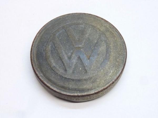 Tankdeckel, Ø 70 mm, flach, mit VW-Zeichen, A3