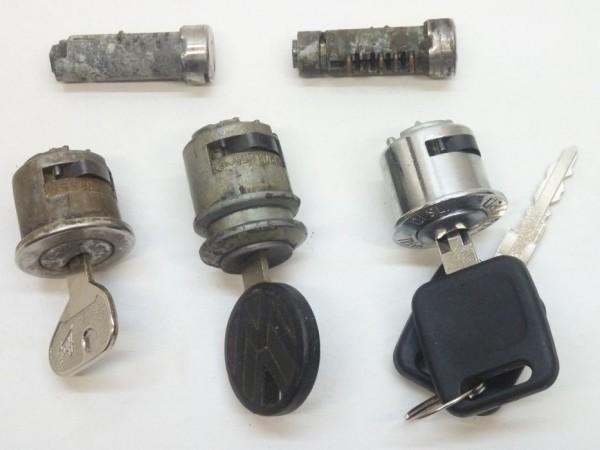 """Schließzylindersatz für Türen und Zündschloß, """"180°"""", A3"""