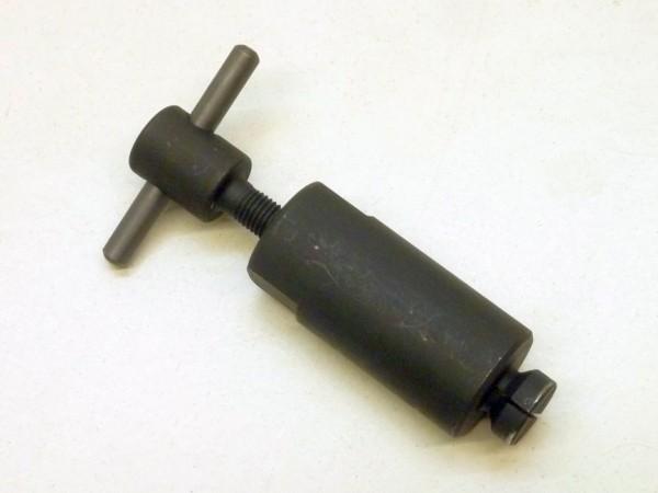 Auszieher für Verteiler-/Benzinpumpenantriebswelle, A1
