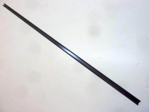 Halteschiene für Motorraumdichtung, 94 cm, B1