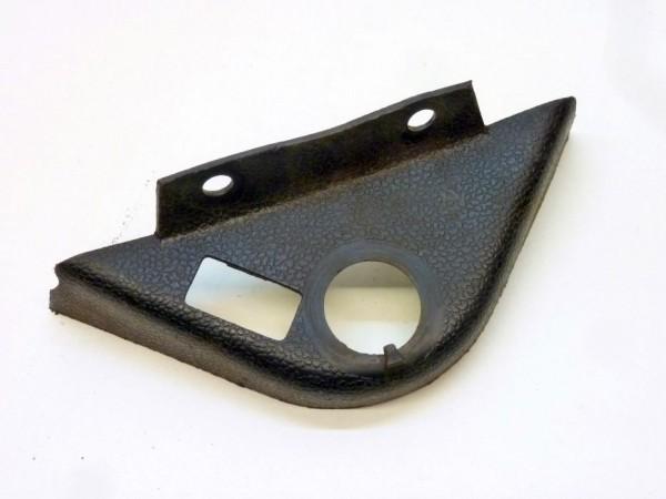 Blende für Handbremszahnstangenstütze, mit Loch für Schalter, A3